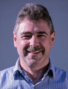 Dr. Gunther Van Mulders